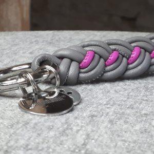 Schlüsselanhänger aus geflochtenem Leder